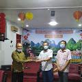 Jalin Silaturahmi, KHAUM - Gusdurian Mojokerto Kunjungi TITD Hiap Thian Kiong