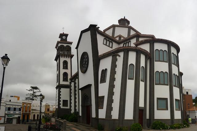 Kirche in Moya