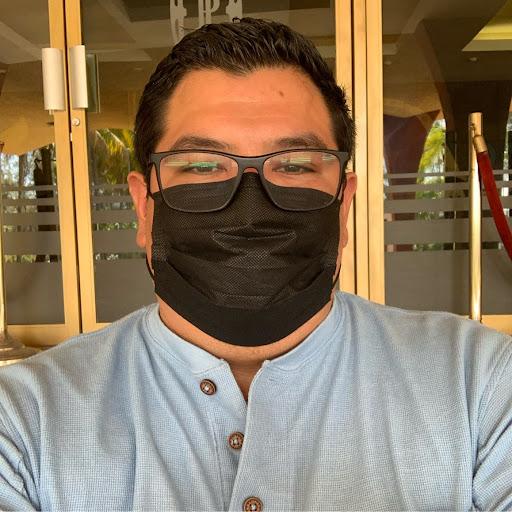 Elmer Castro Photo 23