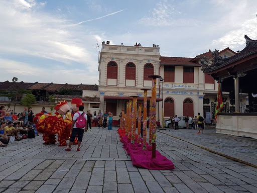 Lion dance show in front of Khoo Kongsi Temple in Georgetown