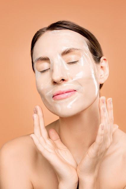 स्वस्थ , सुन्दर त्वचा के लिए  30 घरेलु उपाय