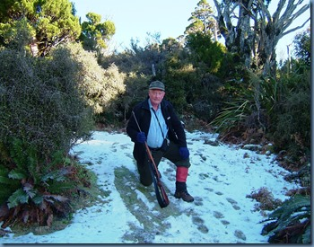 Hugh in snow Ruahines 2004