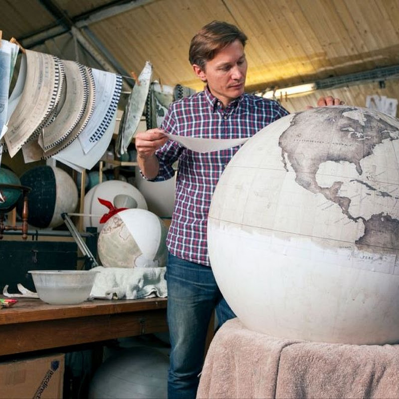 The Handmade Globes of Peter Bellerby