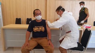 Ratusan Pegawai Dinas Pekerjaan Umum Kabupaten Sukabumi Laksanakan Suntik Vaksin Covid-19 Tahap Pertama