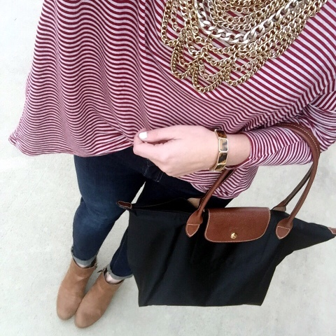 how to wear a statement necklace, front tuck, longchamp bag