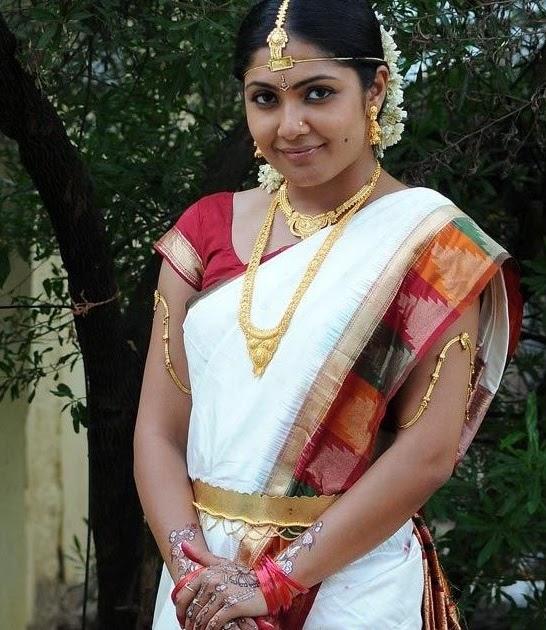 Kamalini Mukherjee In Traditional Saree Stills