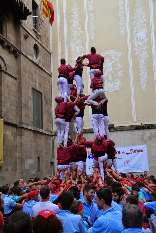 Actuació 20è Aniversari Castellers de Lleida Paeria 11-04-15 - IMG_8960.jpg