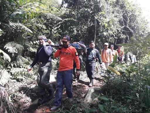 6 Pendaki Gunung Asal Jakarta di Gunung Salak Berhasil Dievakuasi