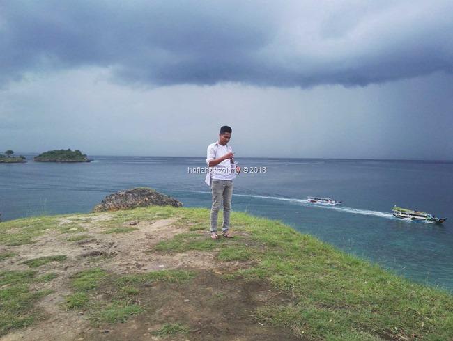 pemandangan cantik di Pulau Pink Lombok