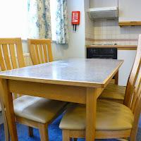 Room 18-dining