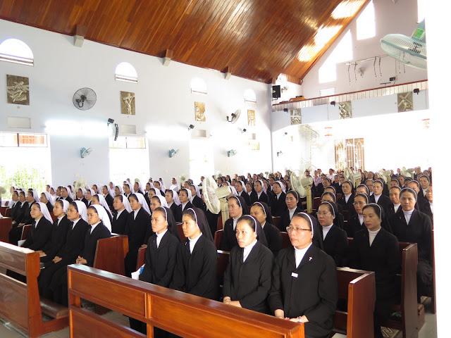 Hình ảnh thánh lễ tạ ơn - tất niên cuối năm tại Dòng Mến Thánh Giá Nha Trang