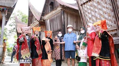 Sutradara Riri Riza Produksi Film di SRG Solok Selatan