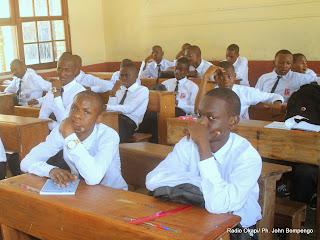 Des élèves d'une école de Kinshasa lors de la rentrée scolaire le 08/09/2014. Radio Okapi/Ph. John Bompengo