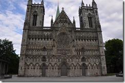7 trondheim facade de la cathédrale