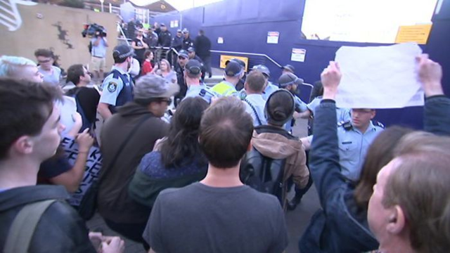About 200 Manus Island detention protestors in Sydney, Australia picketed a Liberal Party fundraiser, heckling arriving guests and demanding that the men be allowed to settle in Australia. Photo: ABC News