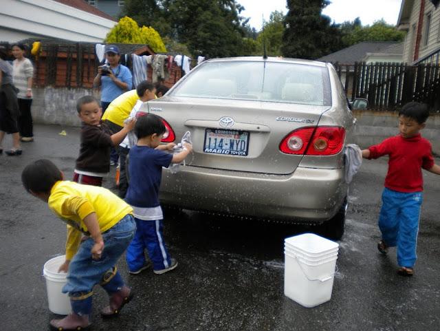 Tibetan Sunday School: Car Wash Fundraiser - Car%2BWash%2B-%2BJune%2B2010%2B023.jpg