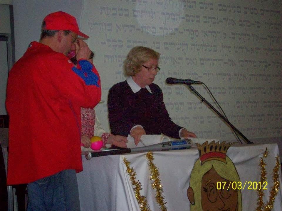 Purim 2011  - 421724_2841774923112_1869941733_n.jpg