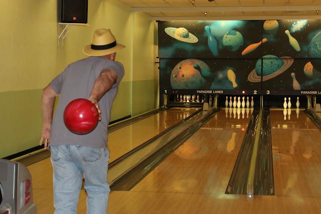 2016 Bowling Extravaganza - LD1A8008.JPG