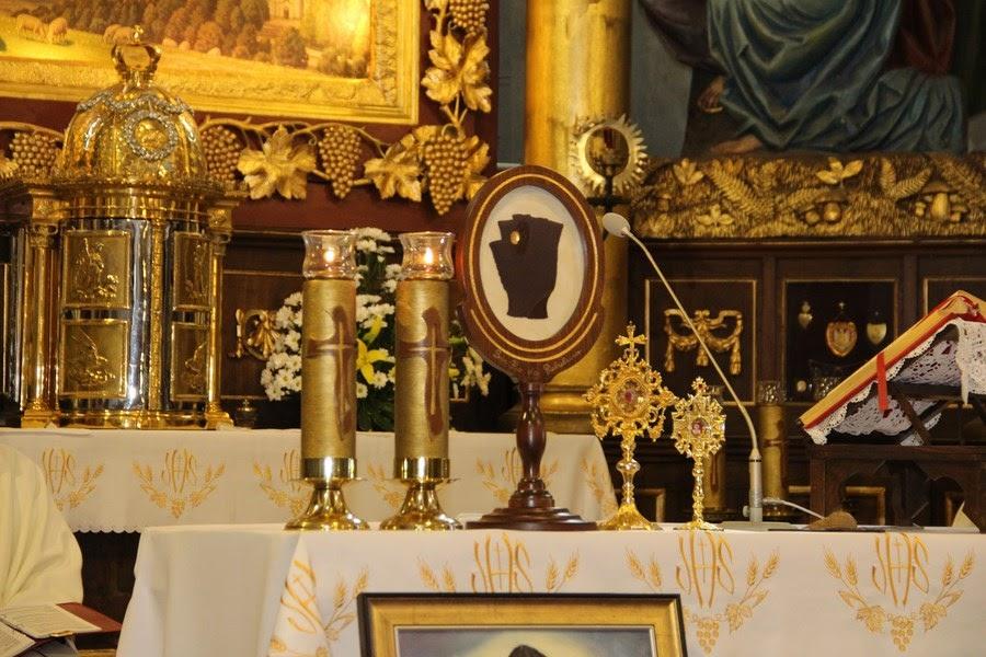 Z relikwiami św. O.Pio w Istebnej - IMG_3463.JPG