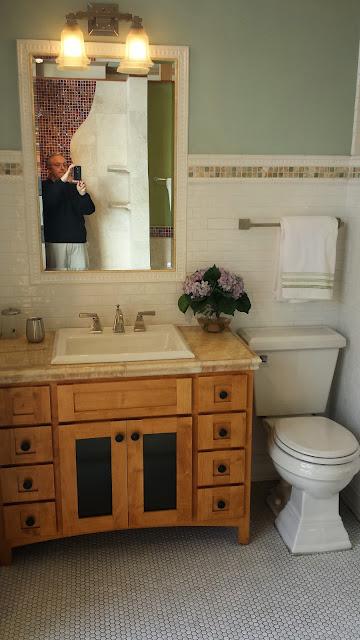 Bathrooms - 20140204_091511.jpg