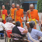 Luang Prabang - Almosengang der buddistischen Mönche