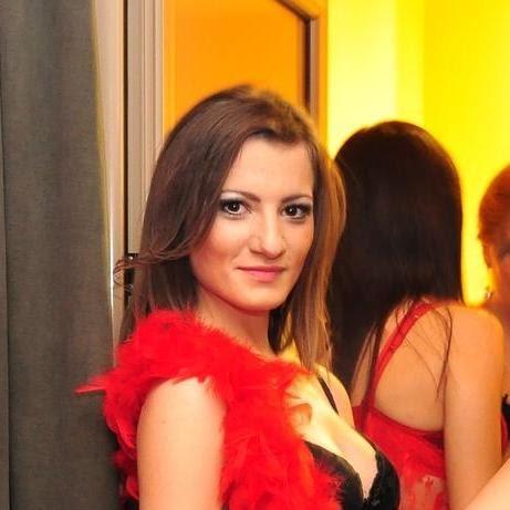 Madalina Iacob Photo 12