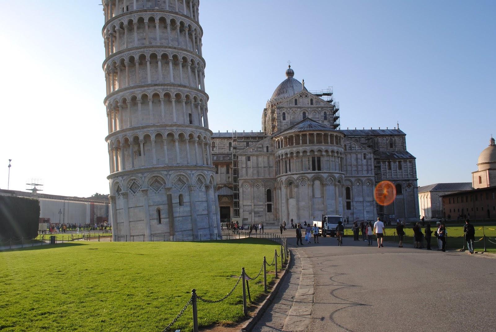 My Photos: Italy -- Pisa -- Piazza dei Miracoli