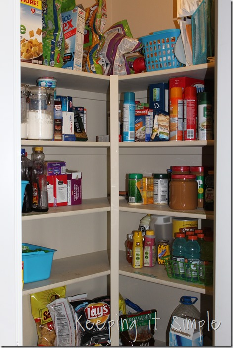 #ad Simple-tips-to-organize-your-pantry #AHugeSale (6)