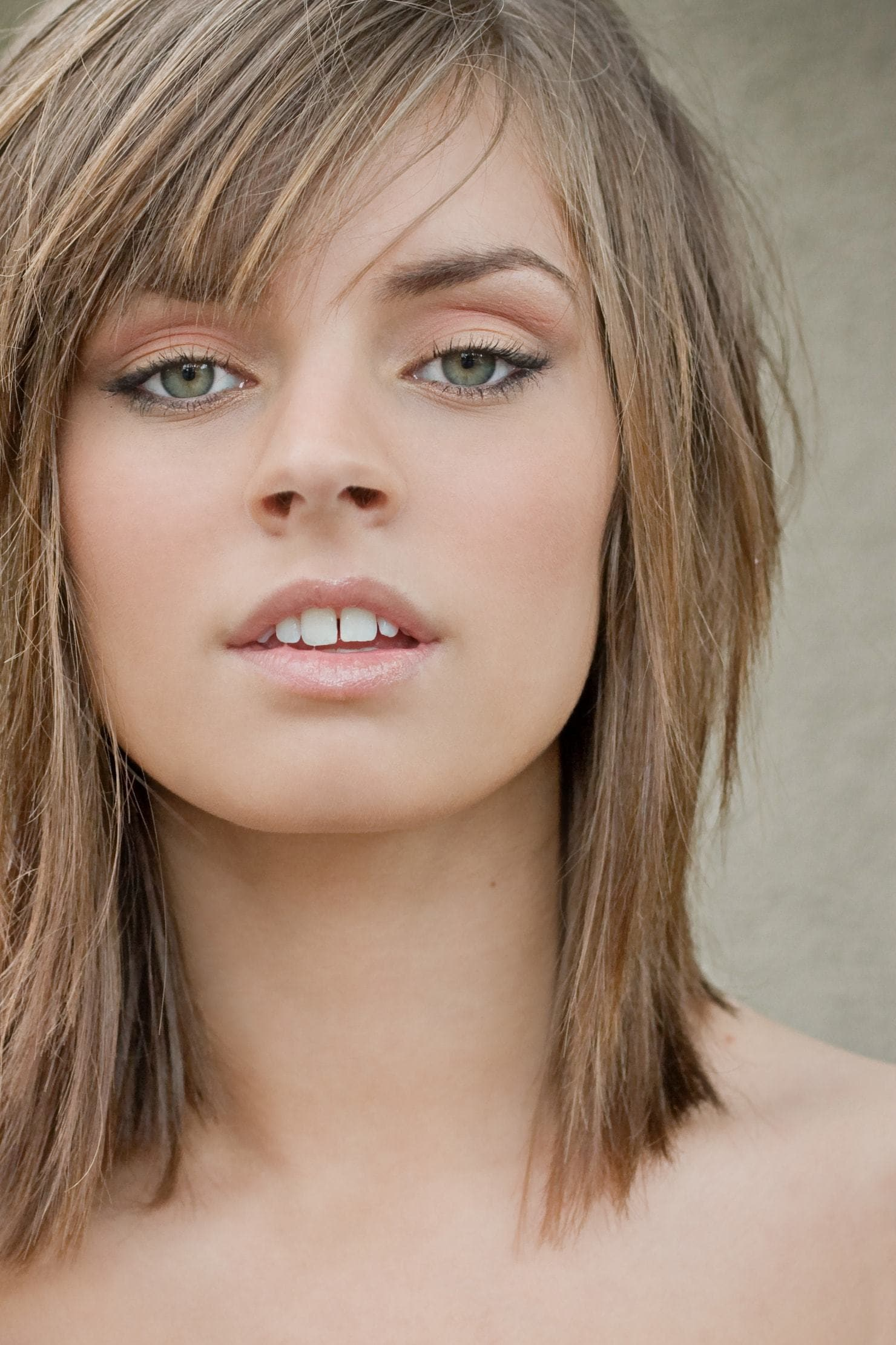 Latest Edgy Short Bangs For Angled Faces-20 Looks to Try 7