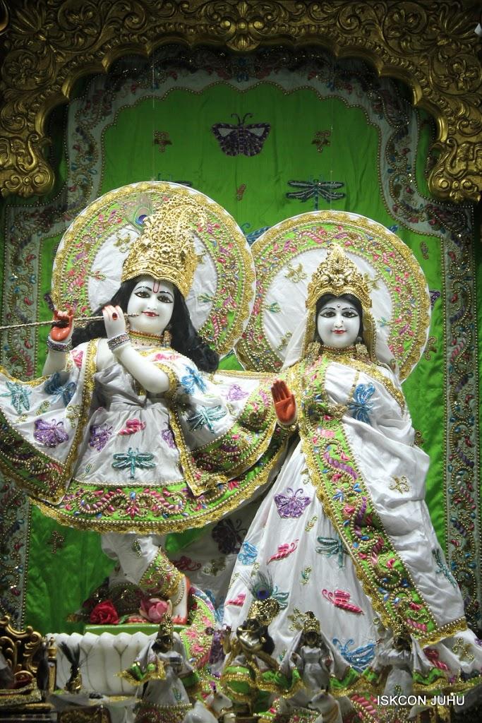 ISKCON Juhu Mangal Deity Darshan on 4th June 2016 (21)