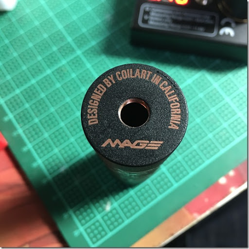 IMG 11661 thumb1 - 【メカニカルMOD】「CoilART MAGE MECH TRICKER Kit」レビュー。黒くてシンプル、でもかっこいい!【電子タバコ/VAPE/ハイブリッド/メカMOD】
