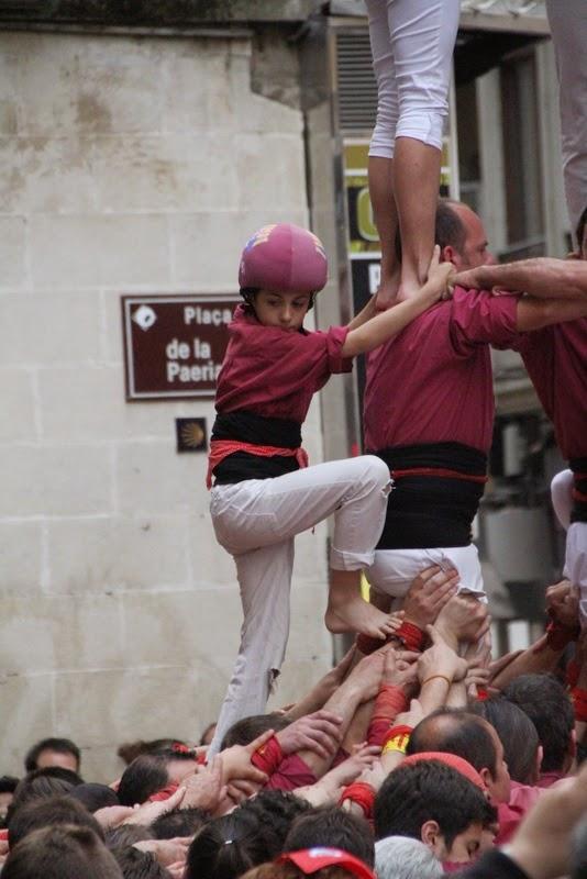 Actuació 20è Aniversari Castellers de Lleida Paeria 11-04-15 - IMG_8854.jpg
