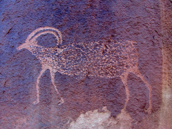 Valentine Bottom sheep petroglyph