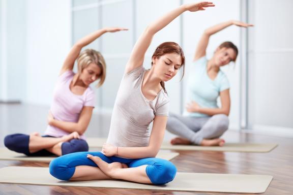 yoga untuk mengobati pelekatan tuba