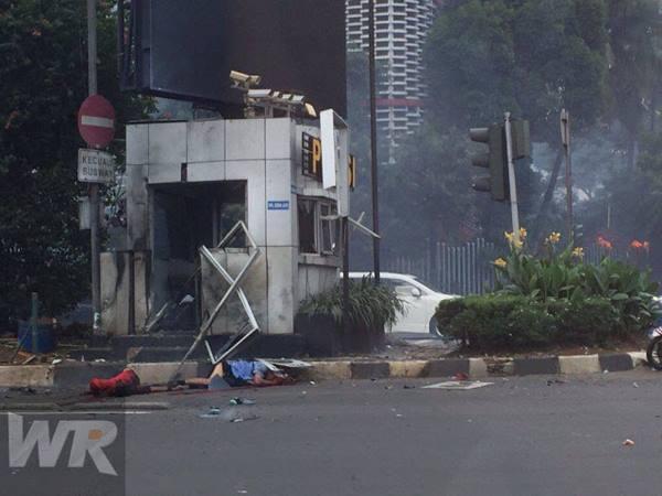 serangan-bom-jakarta-14.1.2016.jpg