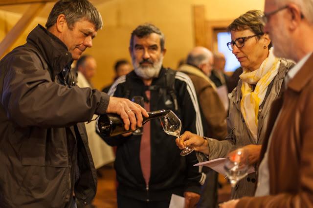 2015, dégustation comparative des chardonnay et chenin 2014 - 2015-11-21%2BGuimbelot%2Bd%25C3%25A9gustation%2Bcomparatve%2Bdes%2BChardonais%2Bet%2Bdes%2BChenins%2B2014.-117.jpg