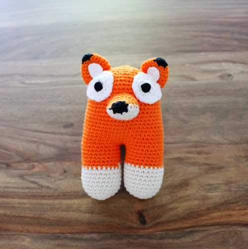 Not 2 late to craft: Guineu bípeda de ganxet per l'Arnau / Amigurumi crochet two-legged fox