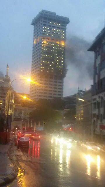 Gambar kebakaran di bangunan PDRM KL