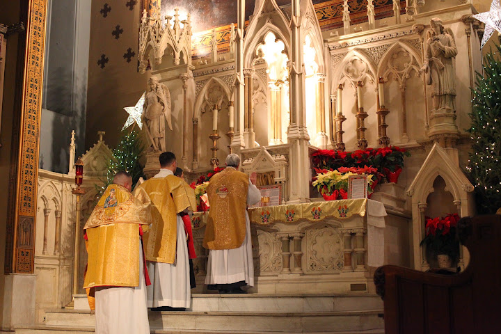 Cardinal Dolan shutters traditional Latin mass parish