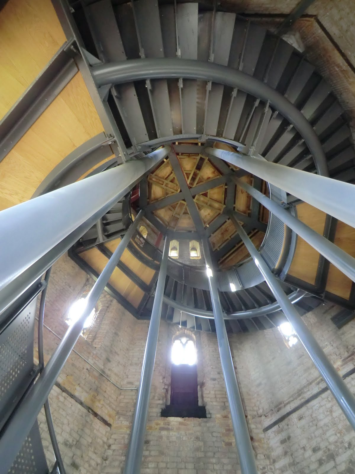 CIMG1129 Spiral staircase, Hadlow Tower