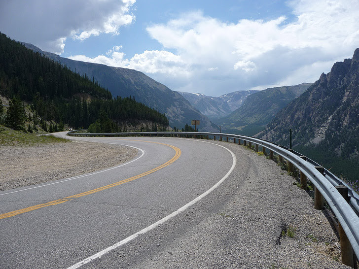 Beartooth Highway (Road Trip Across America).