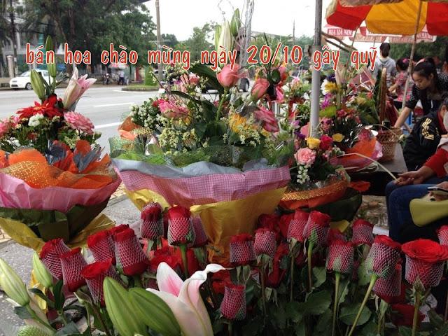 SVCG Vinh: Các tổ bán hoa gây quỹ nhân ngày 20/10