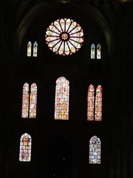 2017.10.23-134 vitraux dans la basilique Saint-Remi