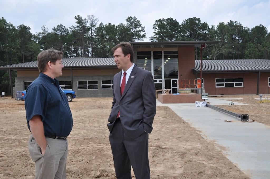 Arkansas Secretary of State Mark Martin Visits UACCH-Texarkana - DSC_0358.JPG