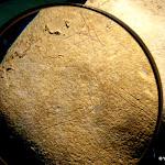 Musée départemental de Préhistoire d'Île-de-France : Pierre gravée, Étiolles, paléolithique, détail de tête de cheval