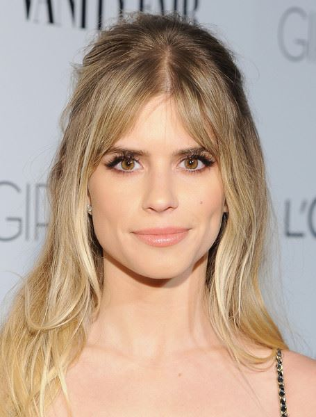 Carlson Young Profile pictures, Dp Images, Display pics collection for whatsapp, Facebook, Instagram, Pinterest, Hi5.