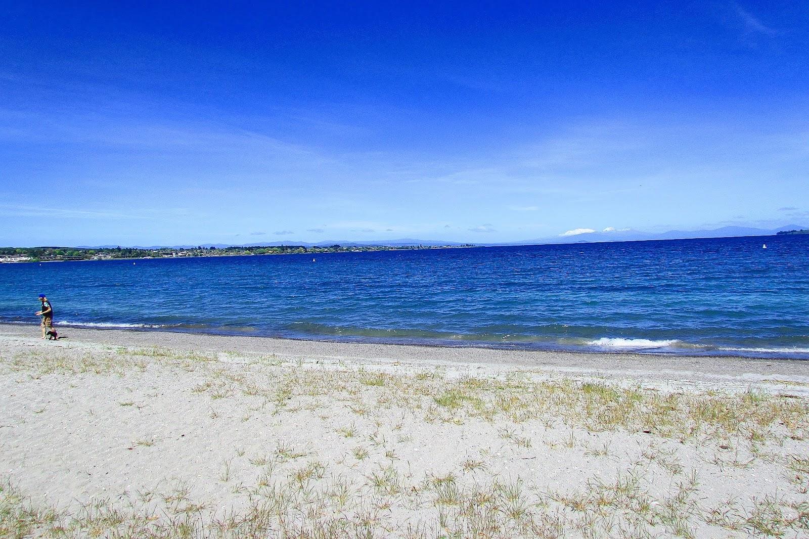 Lake Taupo 2.jpg