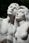 2469693-couple-in-love-old-statue-in-buenos-aires-palermo-botanical-garden.jpg
