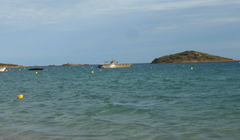 Propriété avec piscine en bord de mer Porto-Vecchio