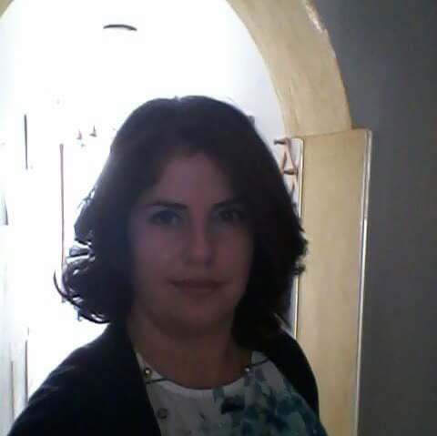 Tania Luciano Photo 2